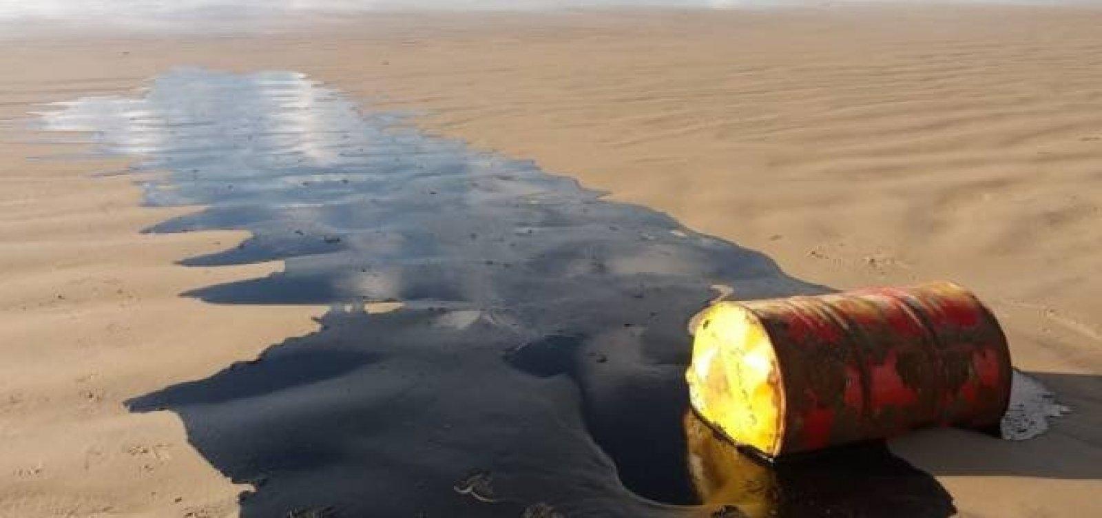 Shell é acionada na Justiça após barril de óleo ser encontrado no mar