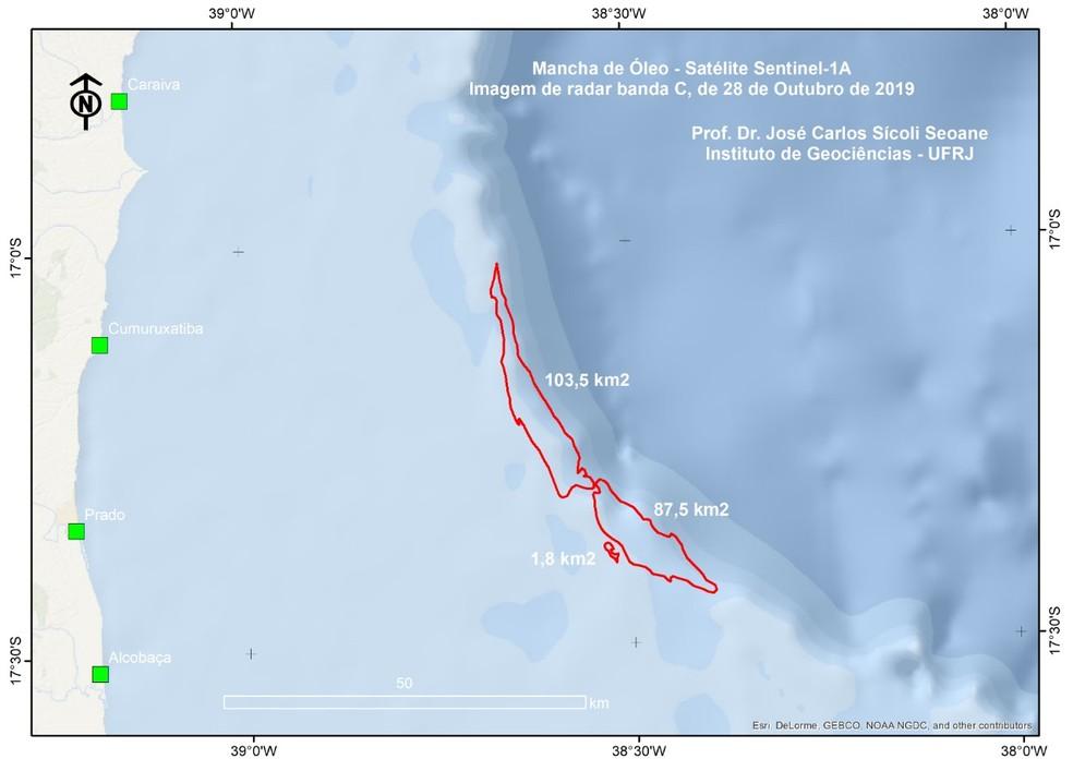 Duas pesquisas apontam mancha em imagem de satélite; Marinha e Ibama negam relação com óleo do Nordeste