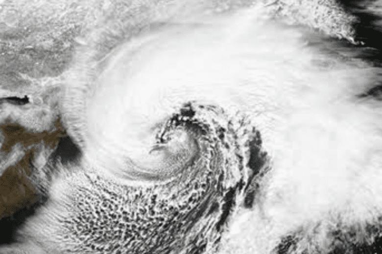Ciclone deixa 10 mortos no Sul do País