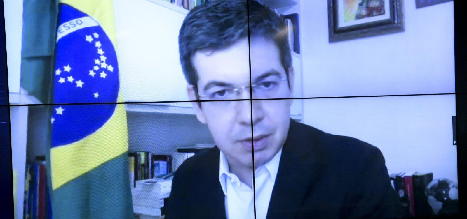 Senador recorre à OEA e pede que STF investigue ameaça de Bolsonaro a jornalista