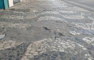 Secretário diz que recuperação das calçadas no centro comercial é imediata