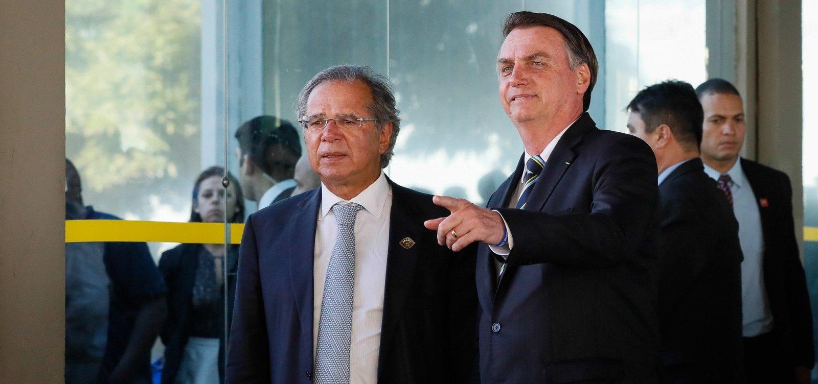 Bolsonaro avalia corte de R$ 10 bilhões em benefício para deficientes e idosos