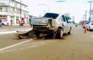 Uma pessoa morre em acidente entre veículo de aplicativo e moto em Feira de Santana