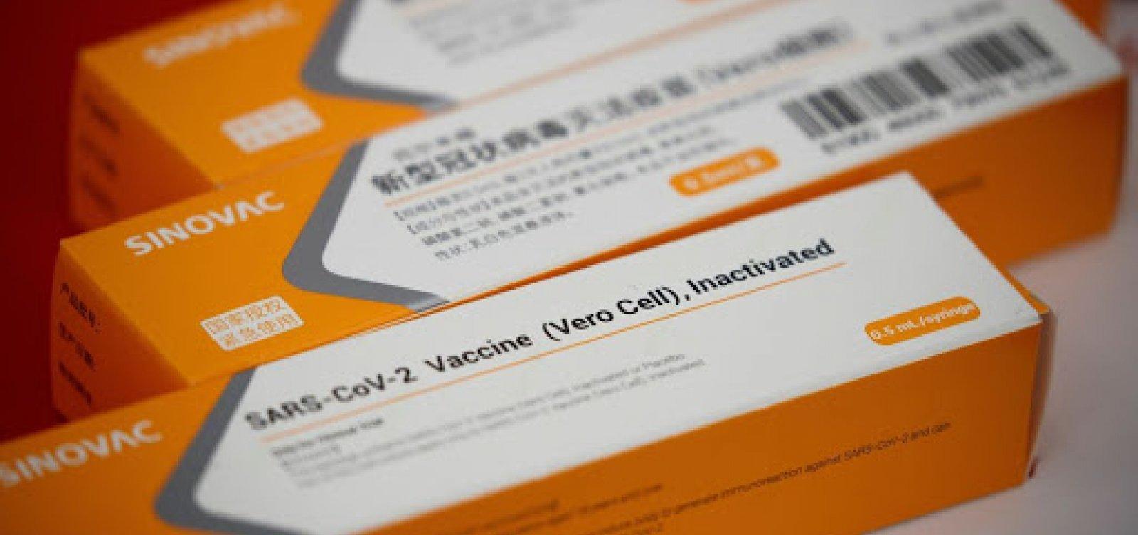Ministério da Saúde assina compra de 54 milhões de doses da CoronaVac com Instituto Butantan