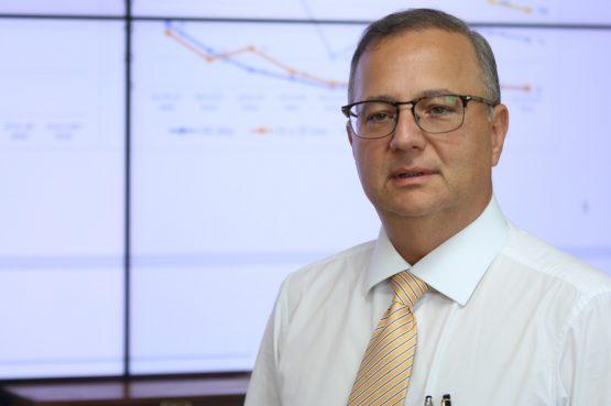 Com covid-19, secretário estadual de Saúde é internado em Salvador