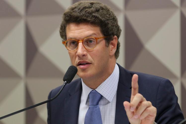 Edson Fachin arquiva pedido de impeachment de Ricardo Salles