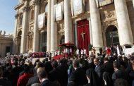 Canonização Irmã Dulce: 10 mil brasileiros participam da cerimônia
