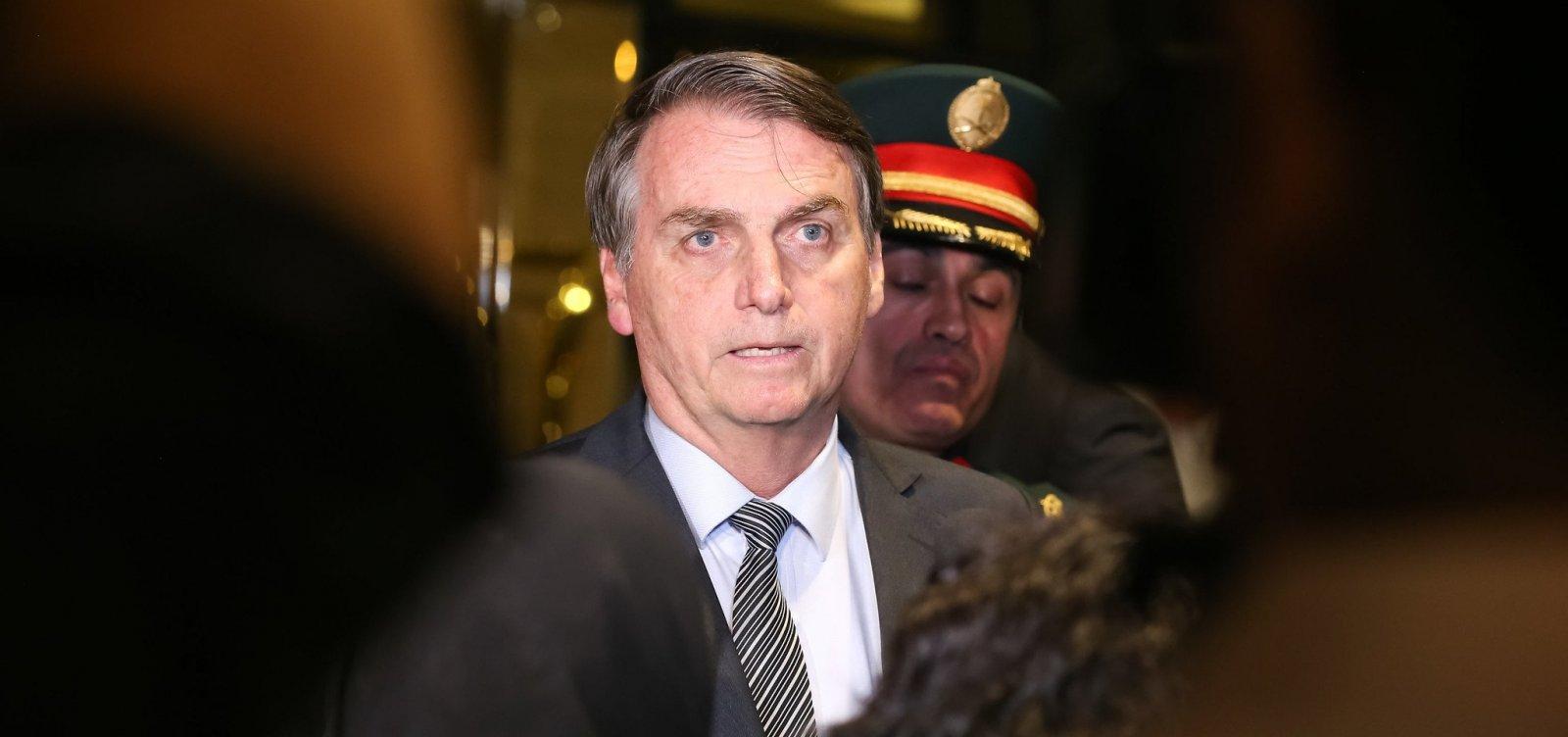 Bolsonaro foge de entrevista após pergunta sobre crítica de ministro do STF
