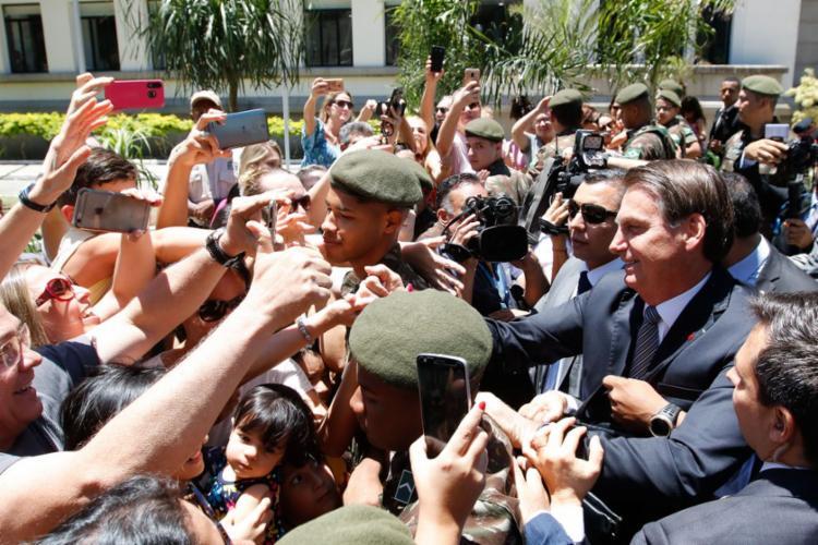 Bolsonaro reitera apoio a excludente de ilicitude em operações
