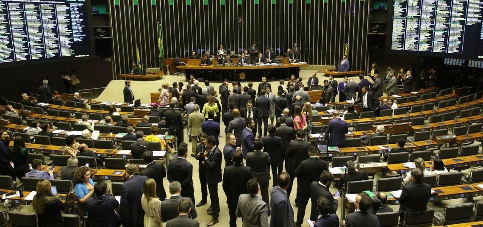 Após pressão do Congresso, governo libera R$ 2,2 bi em emendas