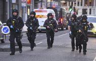 Polícia de Londres investiga como suspeito conseguiu executar ataque na ponte