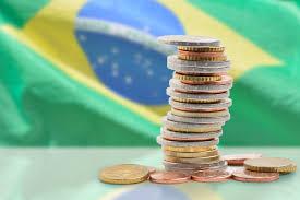 Quem deve ter direito e como deve funcionar o auxílio de R$ 200 para trabalhadores informais