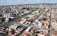 Dona de bar morre após ser baleada durante assalto em Feira de Santana, na Bahia