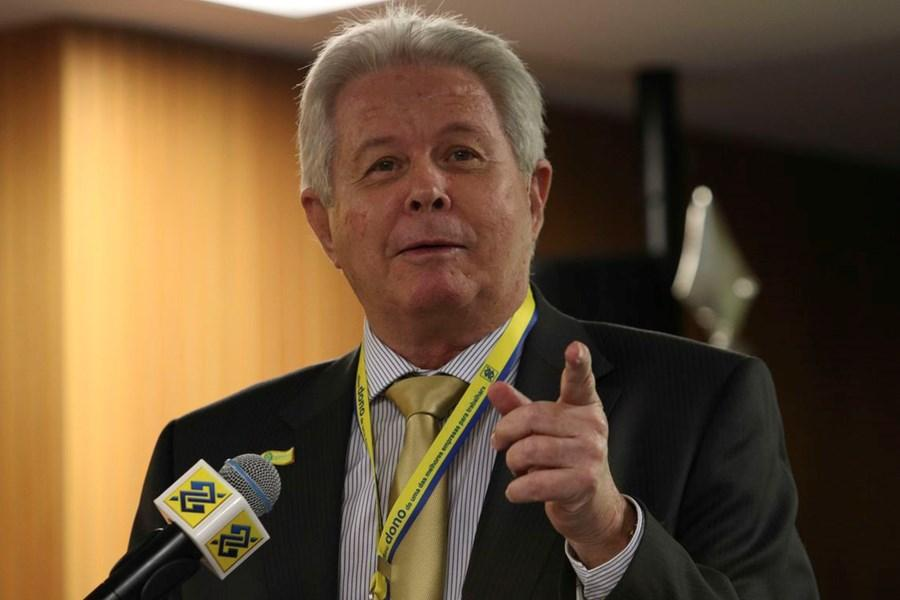 Presidente do Banco do Brasil apresenta carta de renúncia