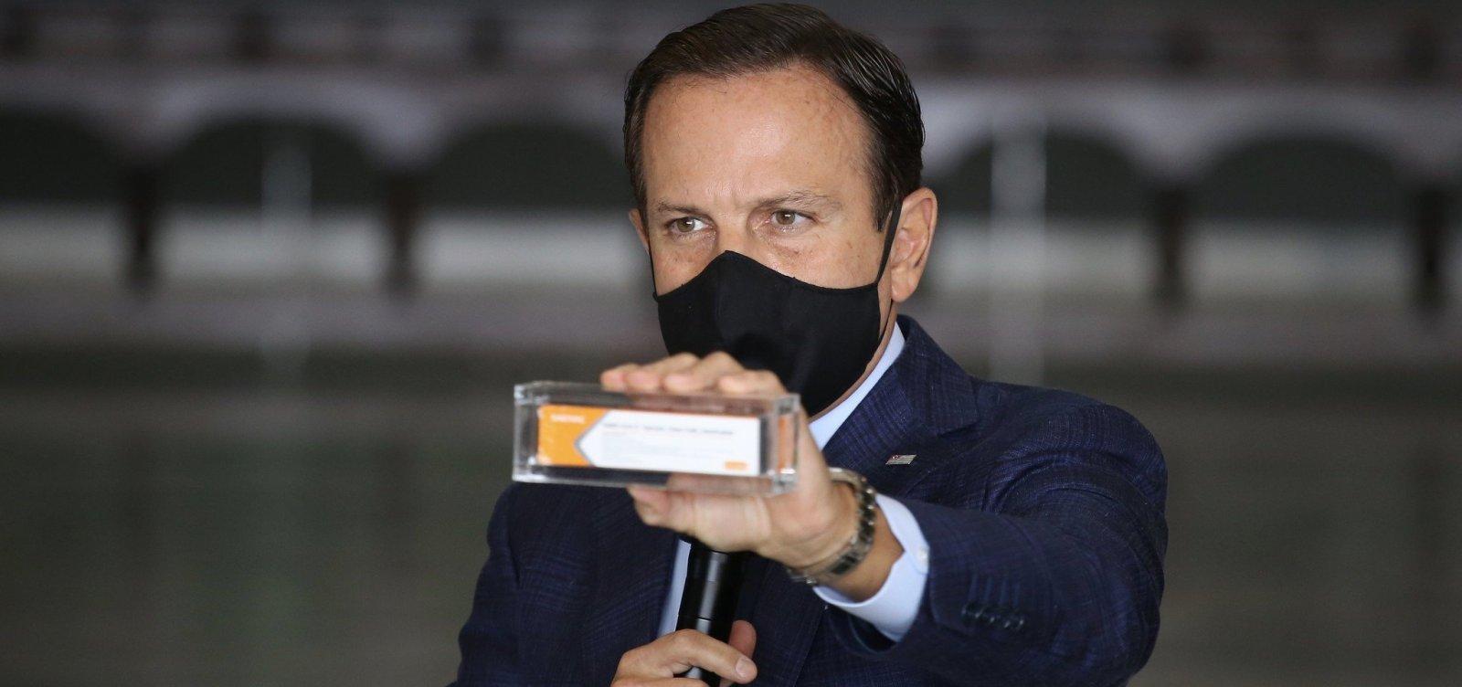 Vacinação contra a Covid-19 será anual e estará disponível em dezembro, diz Doria